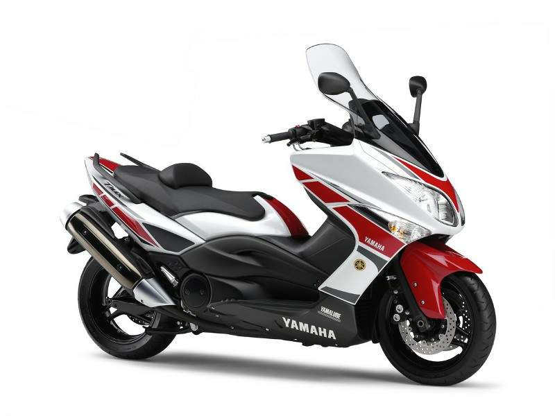 Yamaha TMax 11