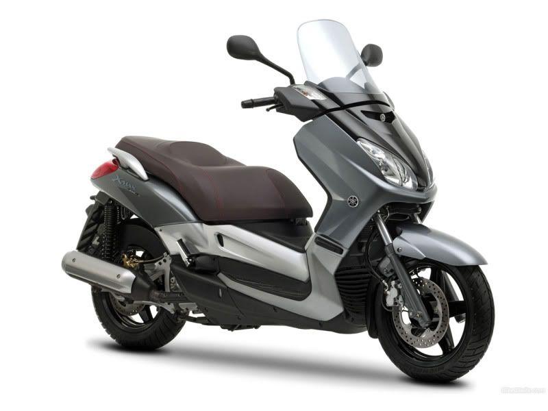 YamahaX-Max2502