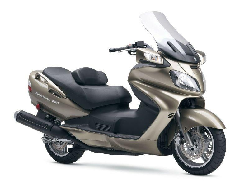 suzuki motorbikes 1600x1200 wallpaper_www.wallpaperhi.com_34