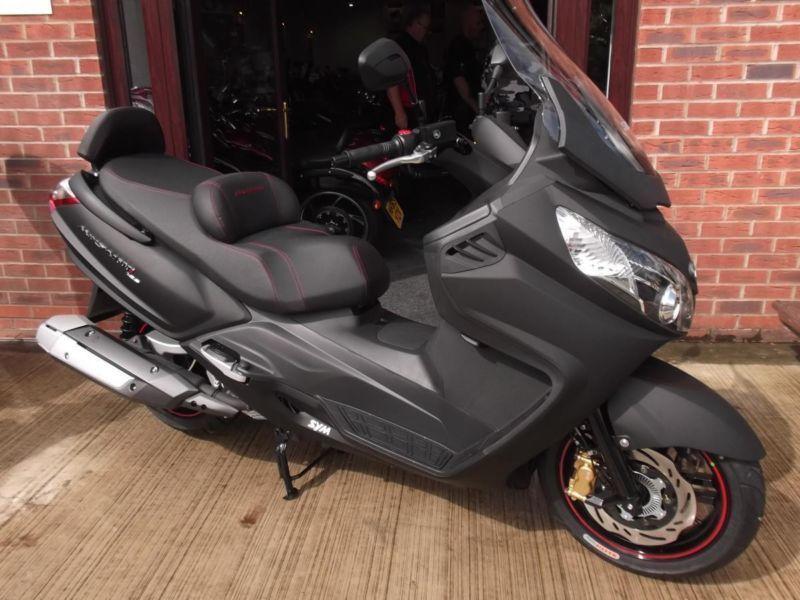 мотоцикл sym maxsym 600i abs