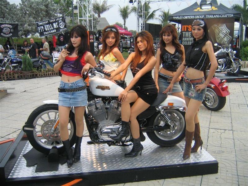 как одеваются девушки байкеры