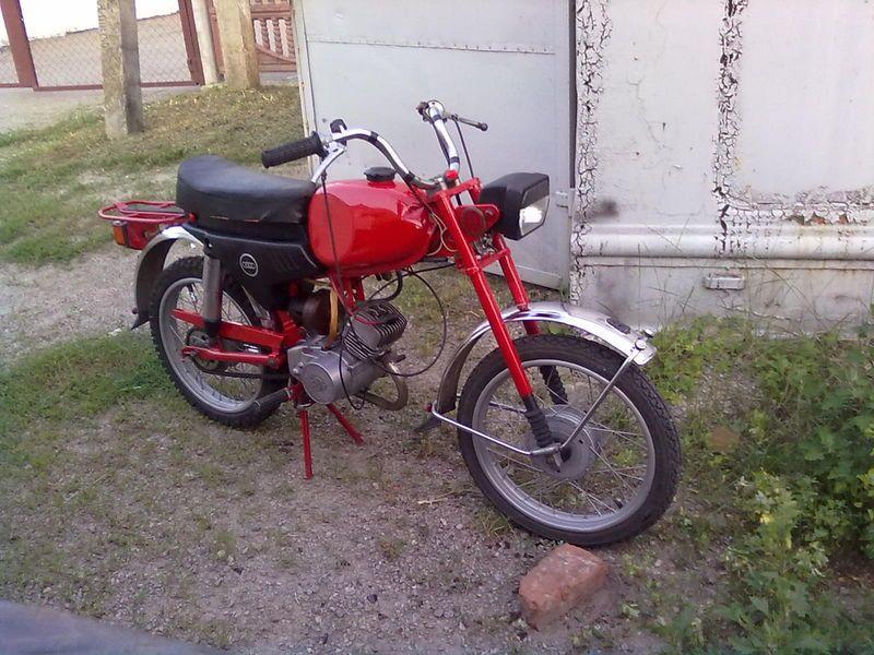 prodam-polnostyu-restovrirovanyy-moped-karpaty--00b2-1310847710787239-1-big