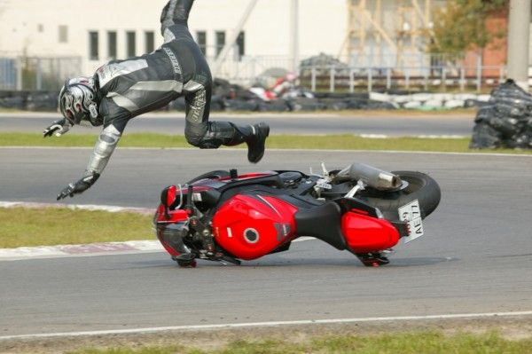 Падение с мотоцикла