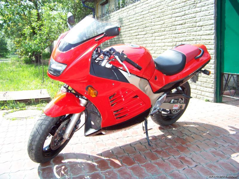 suzuki RF 400 фотографии