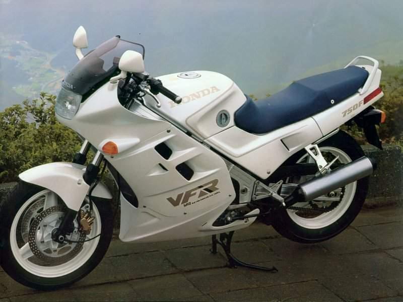 Honda VFR750F 88 5
